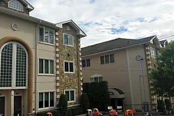 Blueberry Hill Apartments, 2