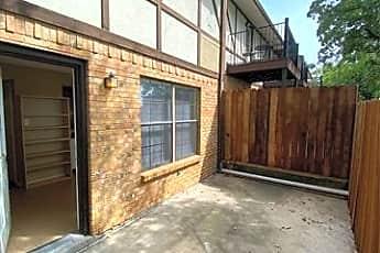 Building, 1147 Dallas Dr, 0