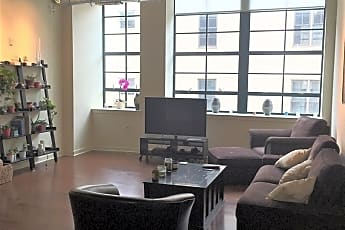 Living Room, 647 N 17th St, 0