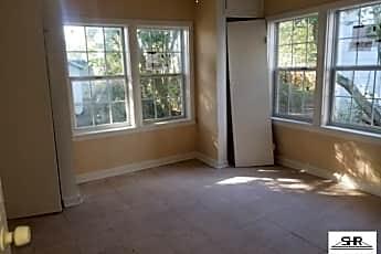 Kitchen, 3701 W Brainerd St, 2