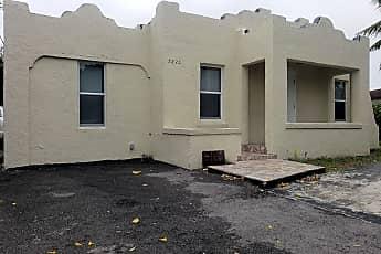 Building, 5820 Grant St, 0
