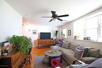Living Room, 1003 Bond St 5, 0