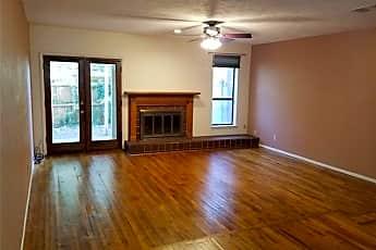 Living Room, 6646 E Lovers Ln 507, 0