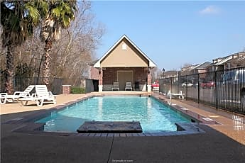 Pool, 138 Forest Dr, 2
