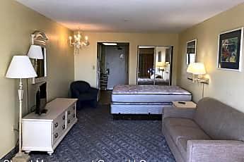 Living Room, 1105 S Ocean Blvd, 1