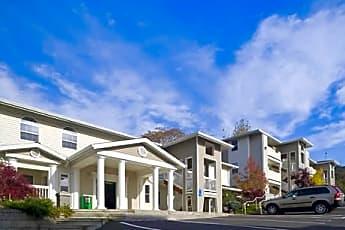 Parkland Apartments, 1