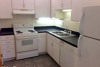 Kitchen, 325 W Broad St, 0