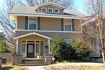 Building, 129 N Willett St, 0