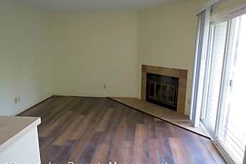 Living Room, 1712 E 24th Ave, 0