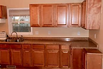 Kitchen, 208 7th St SW, 1