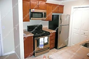 Kitchen, 15058 NW Central Dr, 0