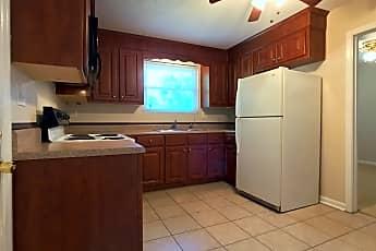 Kitchen, 206 Croatan St., 1