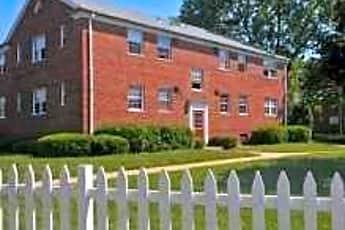 Olde Salem Village, 0