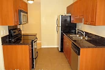 Kitchen, 2950 Alta View Dr. #H207, 0