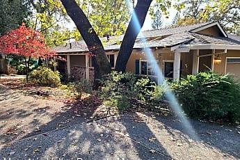 Building, 419 Greenwood Dr, 0