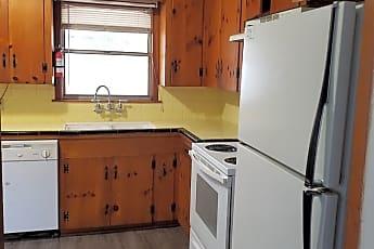 Kitchen, 5825 Fairfield Ave, 2