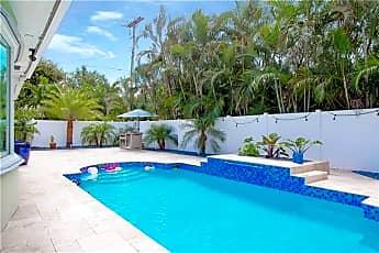 Pool, 850 W Camino Real, 1