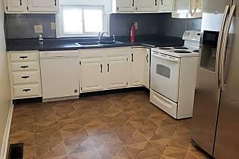 Kitchen, 510 Carpenter St, 2