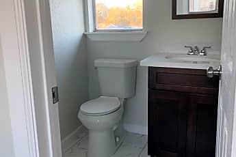 Bathroom, 219 Cleveland St, 2