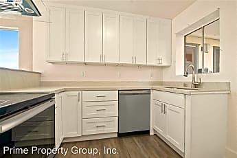 Kitchen, 1532 Chanslor Ave, 1