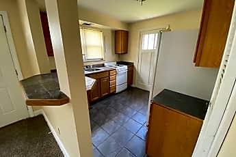 Kitchen, 915 W 3rd St, 1