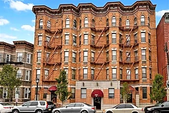 Building, 222 48th St 2F, 0