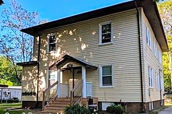Building, 702 N Oak St, 0