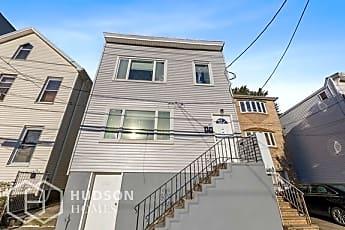 Building, 135 Ave E, 0