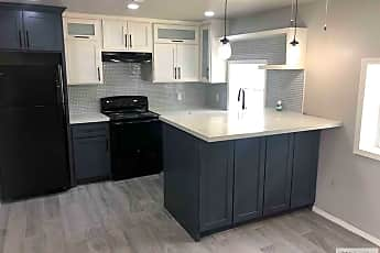 Kitchen, 2064 E Van Buren St B, 1