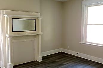 Living Room, 2478 Paris St, 1