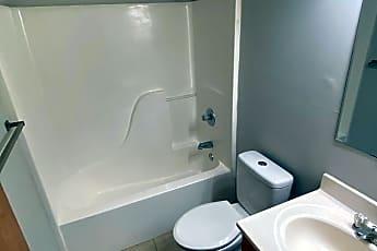 Bathroom, 3850 N 25th St, 2