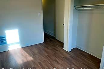 Living Room, 1254 S St Bernard St, 2