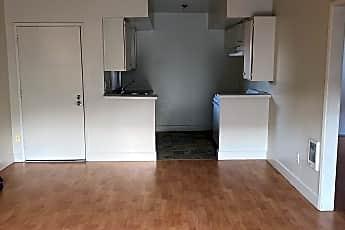 Living Room, 10230 Samoa Ave, 2