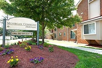 Mohegan Commons, 0