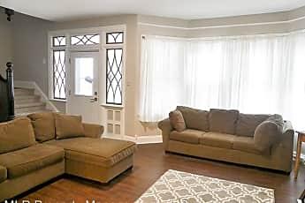 Living Room, 144 Linn St, 0