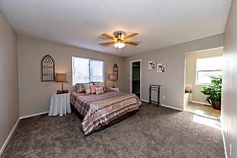 Bedroom, Fountain Homes, 2