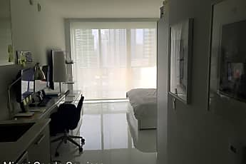 1300 Brickell Bay Dr. 1613, 0