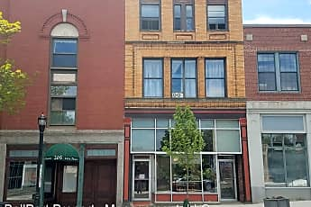 Building, 215 Main St, 1