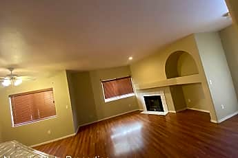 Living Room, 900 Heavenly Hill Ct, 1