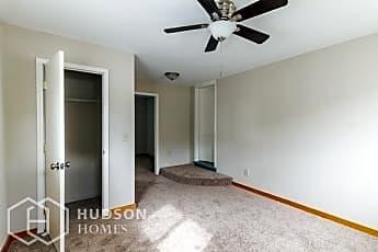 Bedroom, 6321 NY-5, 1