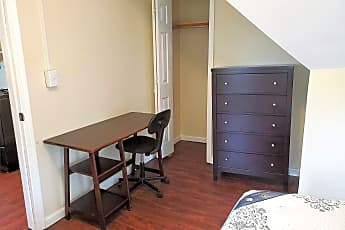 Bedroom, 78 Front St, 2