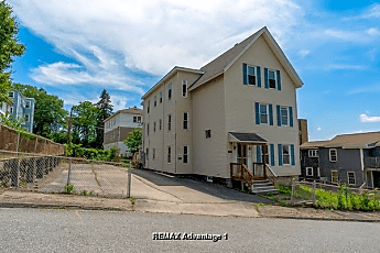 Building, 8 Newport St, 0