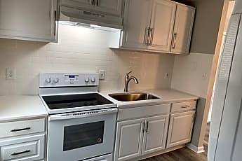 Kitchen, 581 E Lenoir St, 0