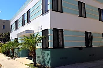 Building, 719 E Medio St, 2