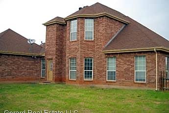 Building, 149 Lake Ridge, 2