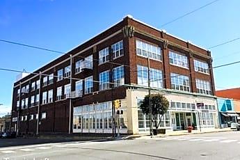 Building, 225 N Travis St, 0