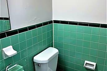 Bathroom, 7231 Syracuse Dr, 2