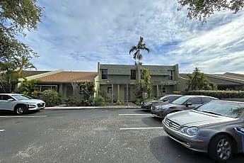 Building, 20511 NW 15th Ave, 2