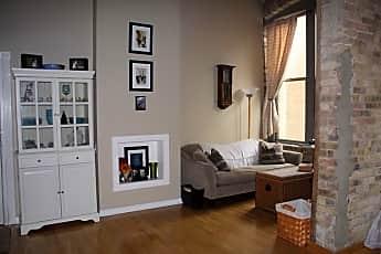 Living Room, 525 N. Halstead, #308, 0