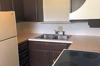 Kitchen, 614 S 7th St, 1